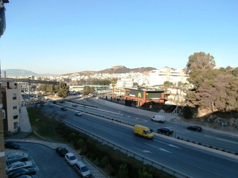 Piso en venta en Bailén-miraflores, Málaga, Málaga, Calle Mero, 83.000 €, 3 habitaciones, 1 baño, 83 m2