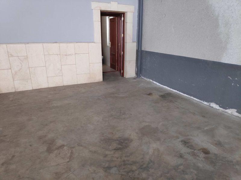 Industrial en venta en Polígono Industrial la Arenas. Sector 2, Malpartida de Cáceres, Cáceres, Calle Pg la Arenas, 183.900 €, 700 m2