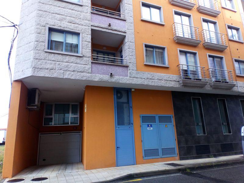 Piso en venta en Poio, Pontevedra, Avenida Porteliña, 130.000 €, 3 habitaciones, 2 baños, 112 m2