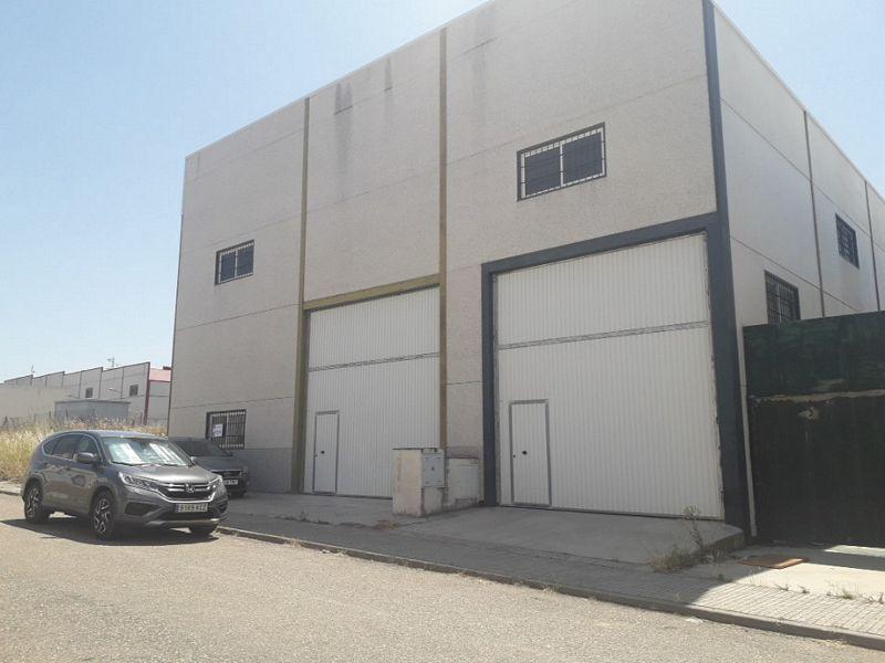 Industrial en venta en Villafranca de Córdoba, Villafranca de Córdoba, Córdoba, Calle Bujalance, 68.600 €, 265,18 m2