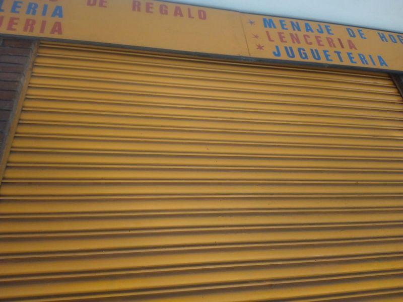 Local en venta en Dalt de la Vila, Badalona, Barcelona, Calle Circunvalación, 25.900 €, 30 m2