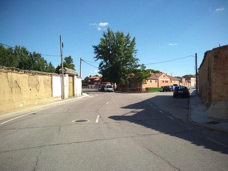 Casa en venta en Urbanización El Palomar, Grijota, Palencia, Calle Abilio Calderon, 77.000 €, 7 habitaciones, 2 baños, 461 m2