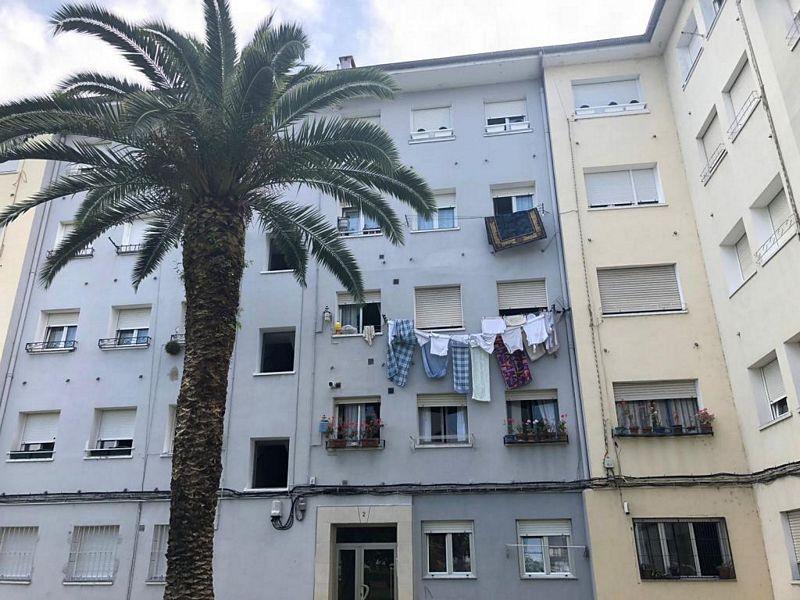 Piso en venta en El Zapatón, Torrelavega, Cantabria, Plaza Torina, 45.100 €, 2 habitaciones, 1 baño, 60,89 m2