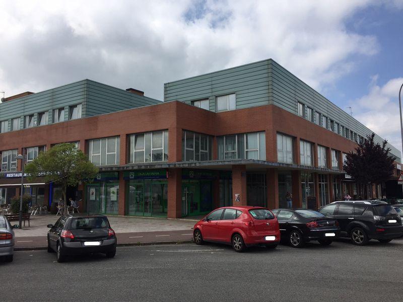 Oficina en venta en El Astillero, Cantabria, Calle Polígono Centro de Negocios Guarnizo Industria, 106.800 €, 105 m2