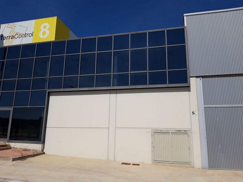 Industrial en venta en La Magdalena, Zaragoza, Zaragoza, Calle Retama, 85.000 €, 406,4 m2