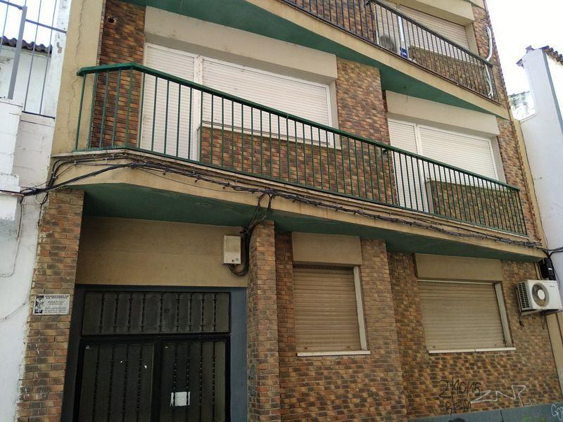 Piso en venta en Las Abadías, Mérida, Badajoz, Calle San Salvador, 153.000 €, 4 habitaciones, 3 baños, 182,33 m2