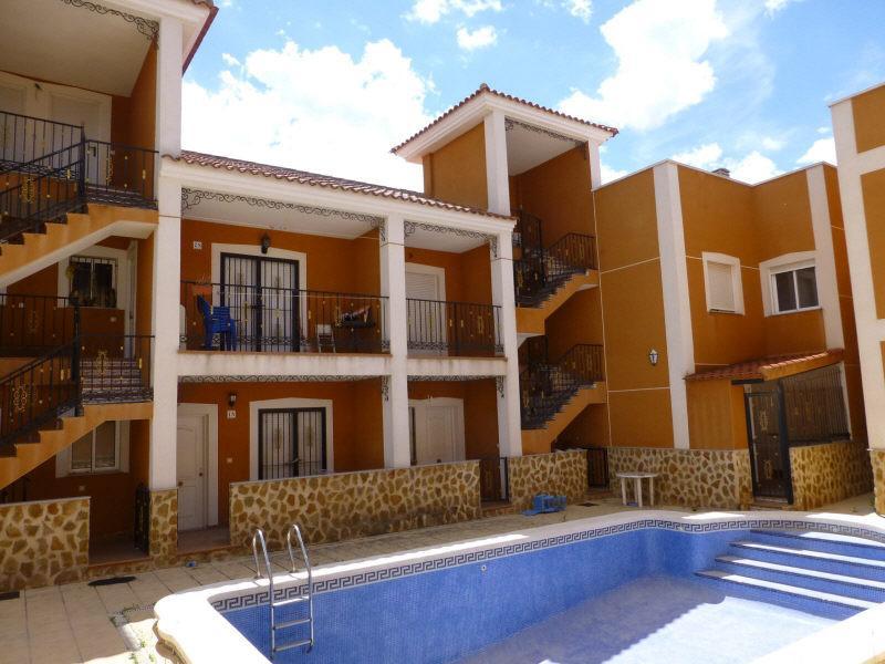 Piso en venta en Virgen del Camino, Alicante/alacant, Alicante, Calle los Capirulos, 48.000 €, 2 habitaciones, 1 baño, 77 m2