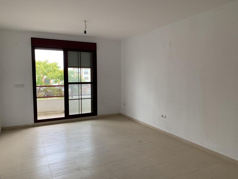 Piso en venta en Gibraleón, Huelva, Calle Vicente Aleixandre, 108.000 €, 3 habitaciones, 2 baños, 113 m2