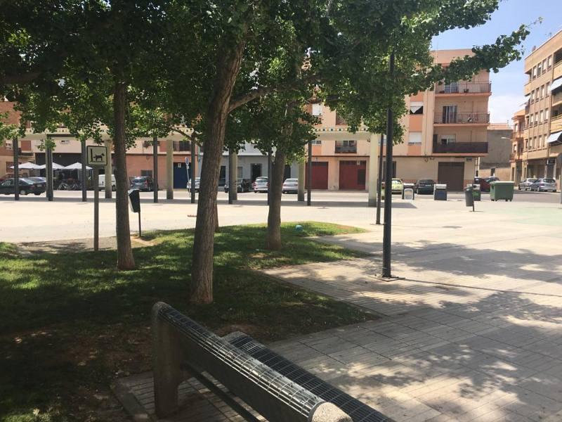 Piso en venta en Grupo Pío Xii, Almazora/almassora, Castellón, Calle Dos de Mayo, 79.000 €, 4 habitaciones, 2 baños, 114 m2