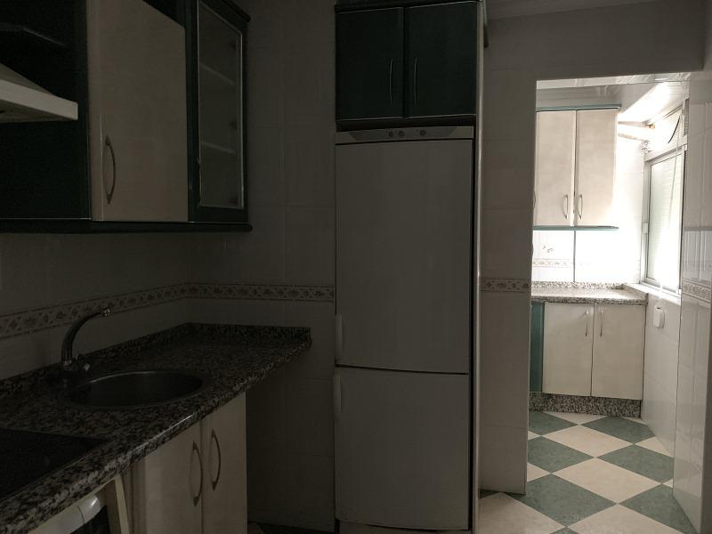 Piso en venta en Piso en Huelva, Huelva, 70.000 €, 3 habitaciones, 1 baño, 77 m2