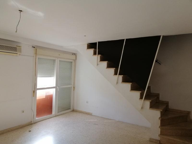 Piso en venta en Los Albarizones, Jerez de la Frontera, Cádiz, Calle Vallesequillo, 83.000 €, 2 habitaciones, 2 baños, 87 m2