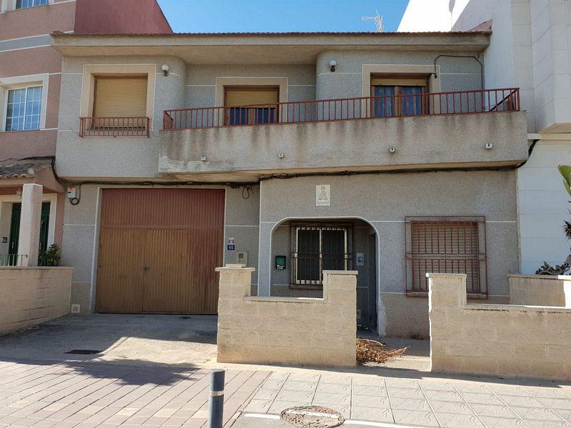 Casa en venta en Orihuela, Alicante, Calle Beniel Desam, 201.100 €, 5 habitaciones, 3 baños, 291,43 m2
