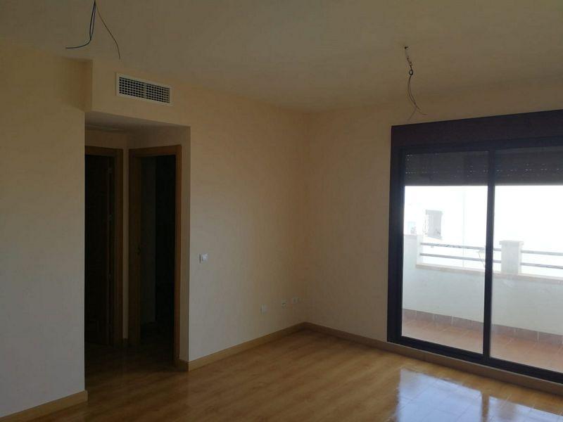 Piso en venta en Oliveros, Almería, Almería, Avenida Deposito, 95.000 €, 1 habitación, 1 baño, 55 m2