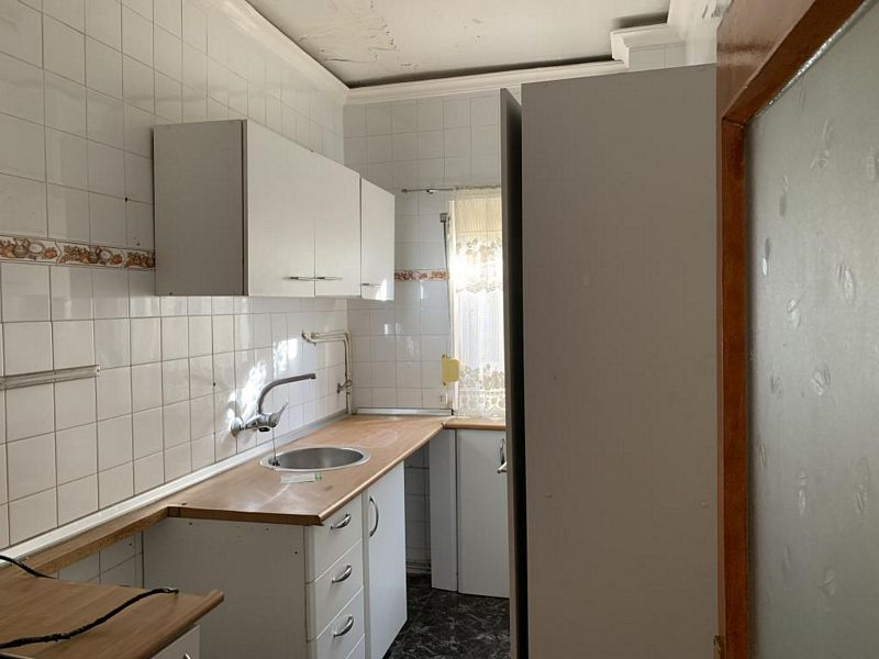 Piso en venta en Ávila, Ávila, Calle Eras, 55.300 €, 3 habitaciones, 1 baño, 84 m2
