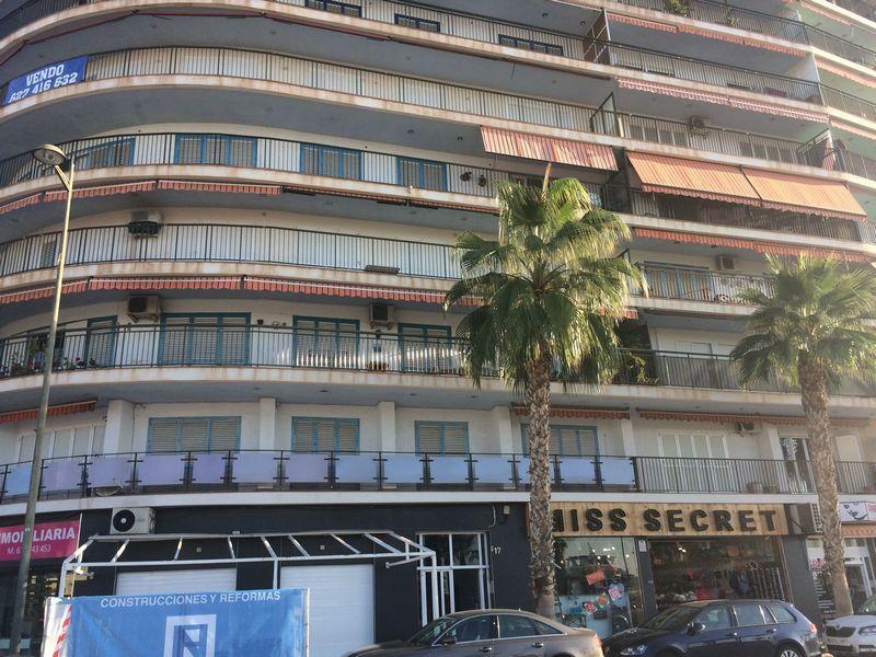 Piso en venta en Gran Alacant, Santa Pola, Alicante, Calle Fernandez Perez Ojeda, 160.300 €, 3 habitaciones, 2 baños, 103 m2