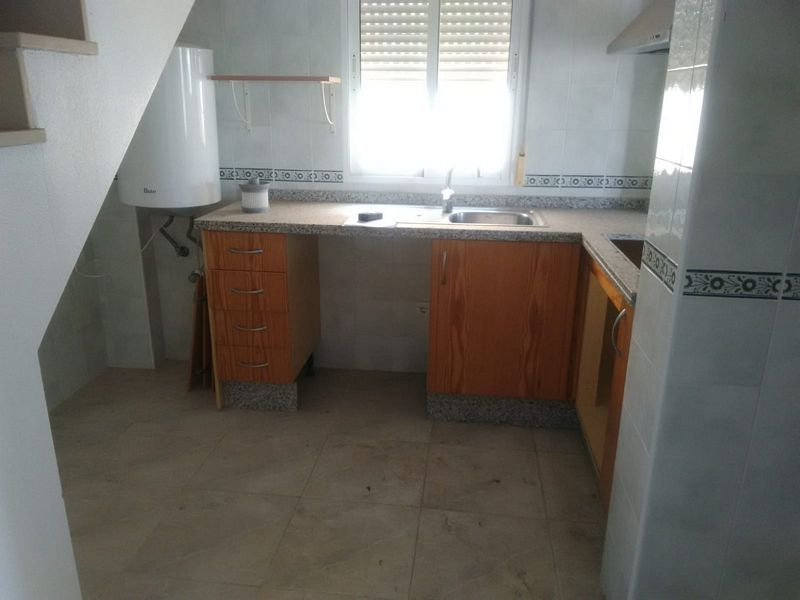 Piso en venta en Piso en Orihuela, Alicante, 141.000 €, 3 habitaciones, 2 baños, 94 m2
