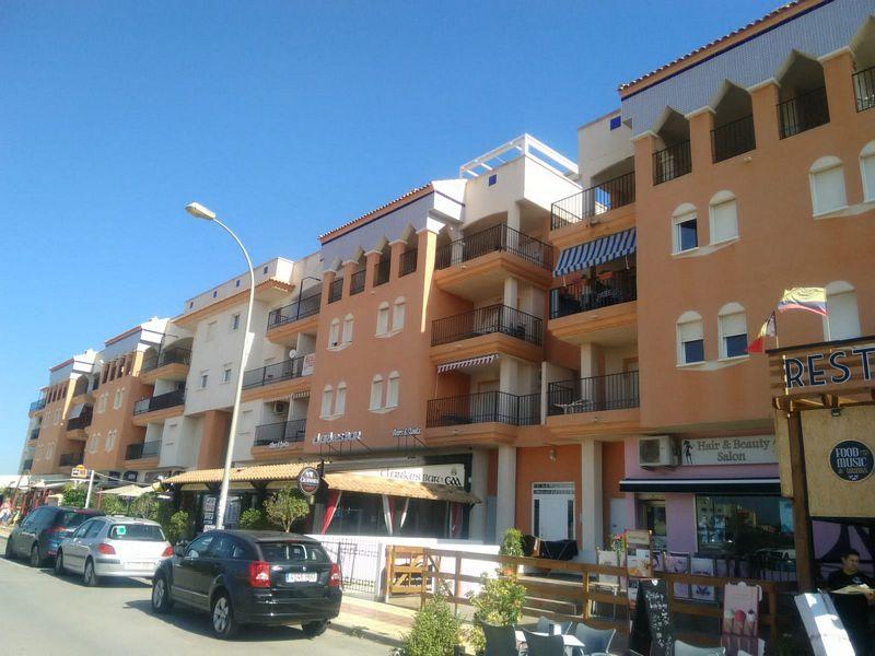 Piso en venta en Orihuela, Alicante, Urbanización Parque del Duque, 141.000 €, 3 habitaciones, 2 baños, 94 m2
