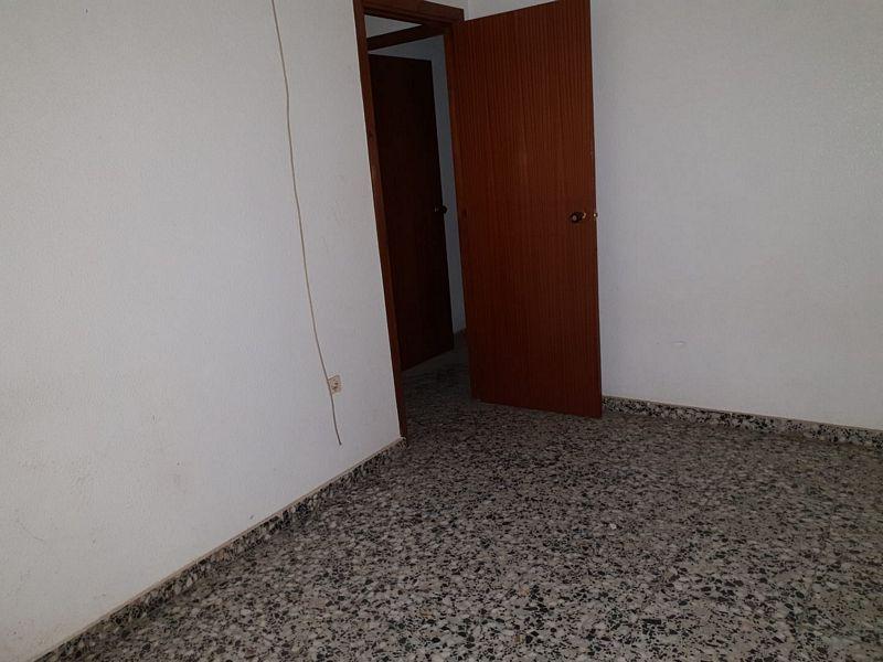 Piso en venta en Piso en Orihuela, Alicante, 81.000 €, 4 habitaciones, 2 baños, 128 m2