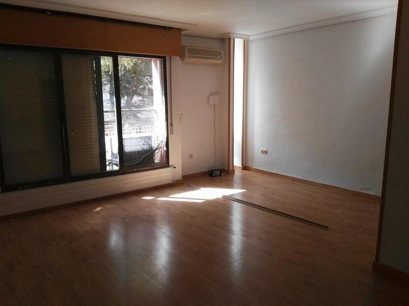 Piso en venta en Feria, Albacete, Albacete, Plaza Periodista Antonio Andujar, 155.000 €, 3 habitaciones, 2 baños, 135 m2