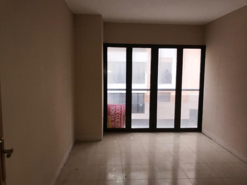 Piso en venta en Almedina, Almería, Almería, Calle Antonio de Torres, 126.000 €, 3 habitaciones, 1 baño, 122 m2