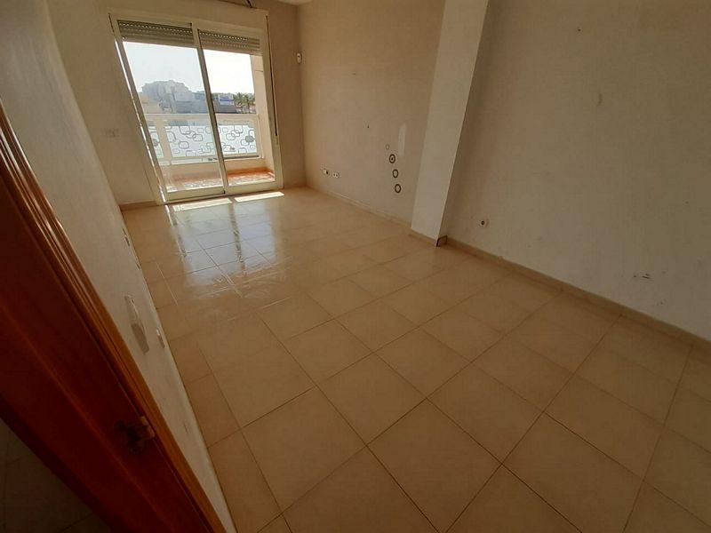 Piso en venta en Los Depósitos, Roquetas de Mar, Almería, Calle Biescas, 60.000 €, 2 habitaciones, 1 baño, 61,8 m2