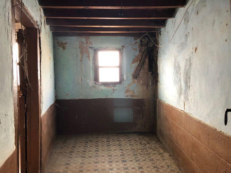 Casa en venta en El Berrocal, Plasencia, Cáceres, Calle Salvador, 141.000 €, 6 habitaciones, 3 baños, 160 m2