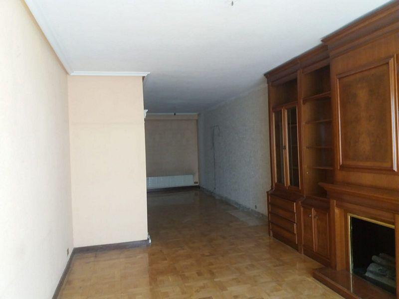 Piso en venta en Vadillos, Burgos, Burgos, Calle Vitoria, 272.500 €, 3 habitaciones, 2 baños, 166 m2