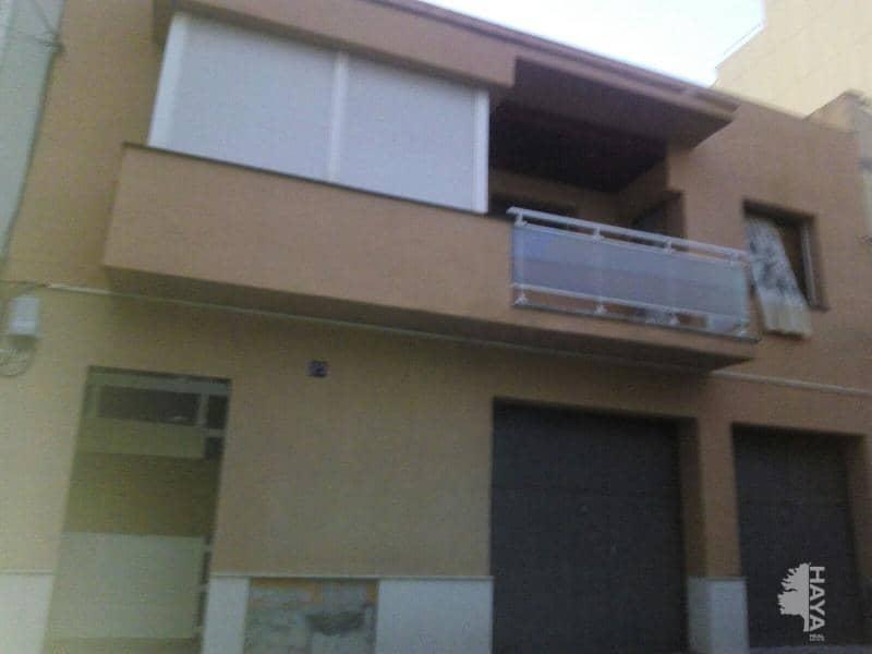 Casa en venta en El Tancat, El Vendrell, españa, Calle Magnolies-bon Lloc, 284.000 €, 1 baño, 299 m2