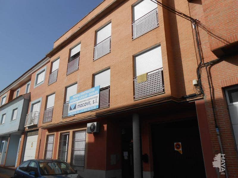 Piso en venta en Barrio de Patrocinio, Talavera de la Reina, Toledo, Calle San Eduardo, 63.000 €, 2 habitaciones, 1 baño, 85 m2
