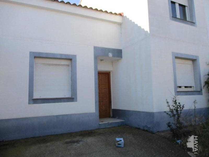Casa en venta en Urbanización Prados del Rey, Pinseque, Zaragoza, Calle Alfonso I, 101.000 €, 4 habitaciones, 2 baños, 138 m2