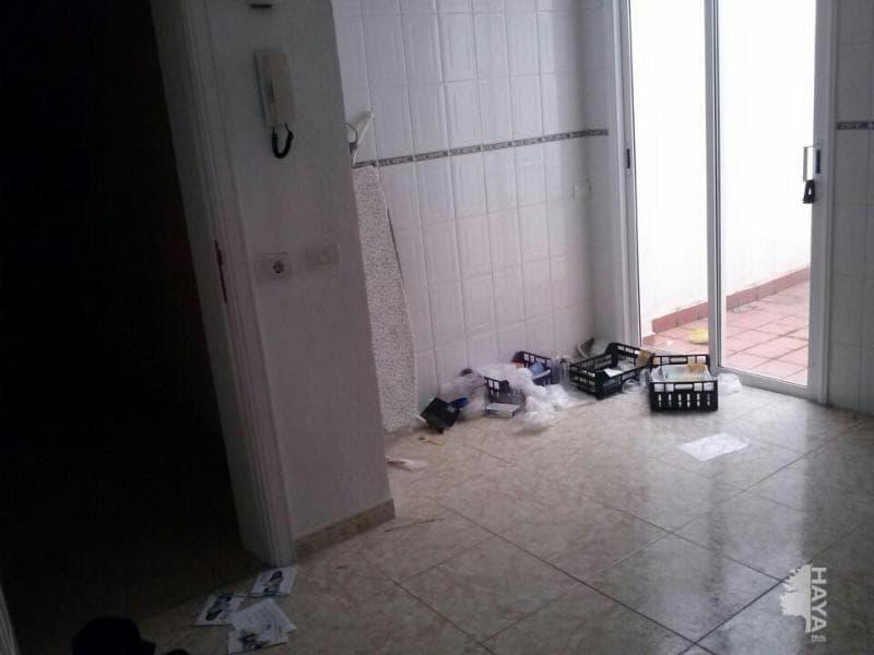 Piso en venta en La Vera, Santa Úrsula, Santa Cruz de Tenerife, Calle Chapatal, 99.900 €, 3 habitaciones, 2 baños, 97 m2