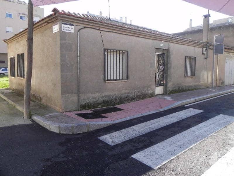 Piso en venta en Signo Xxv, Santa Marta de Tormes, Salamanca, Avenida Estrellas, 57.000 €, 3 habitaciones, 1 baño, 72 m2
