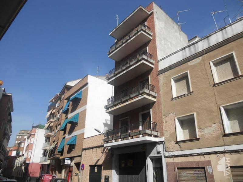 Piso en venta en Barrio de Santa Maria, Talavera de la Reina, Toledo, Calle Matadero, 39.000 €, 3 habitaciones, 1 baño, 112 m2
