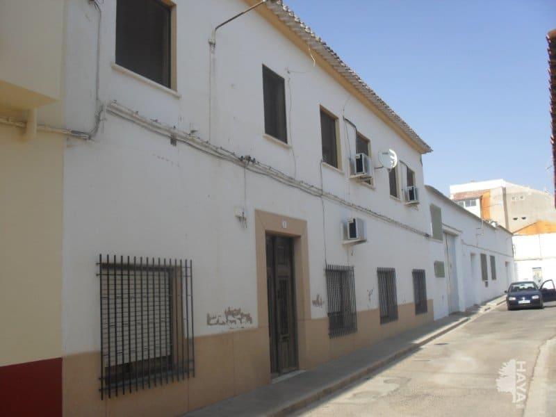 Piso en venta en Villarrobledo, Villarrobledo, Albacete, Travesía Estacion, 49.000 €, 3 habitaciones, 1 baño, 377 m2