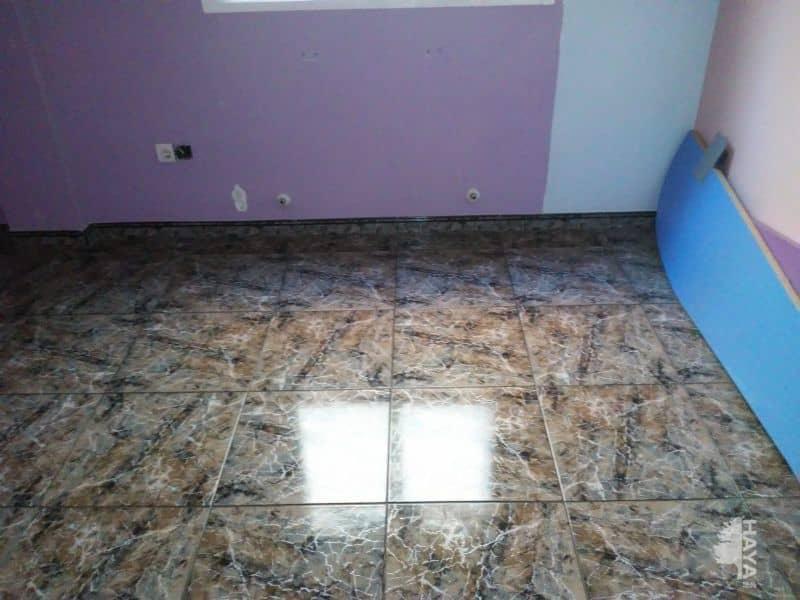 Piso en venta en Vinaròs, Castellón, Calle Santa Isabel, 99.760 €, 3 habitaciones, 2 baños, 120 m2