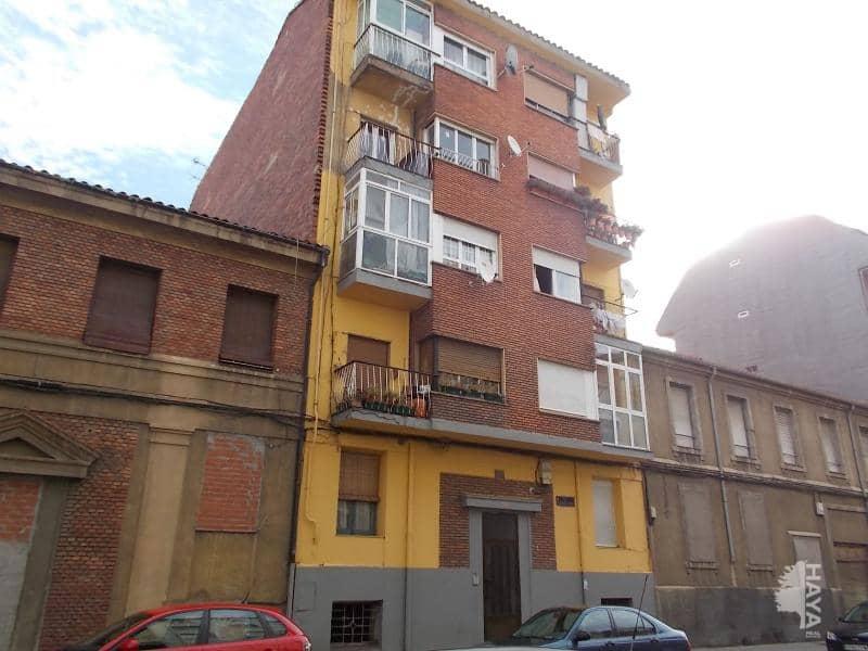 Piso en venta en León, León, Calle Relojero Losada, 55.020 €, 3 habitaciones, 1 baño, 87 m2