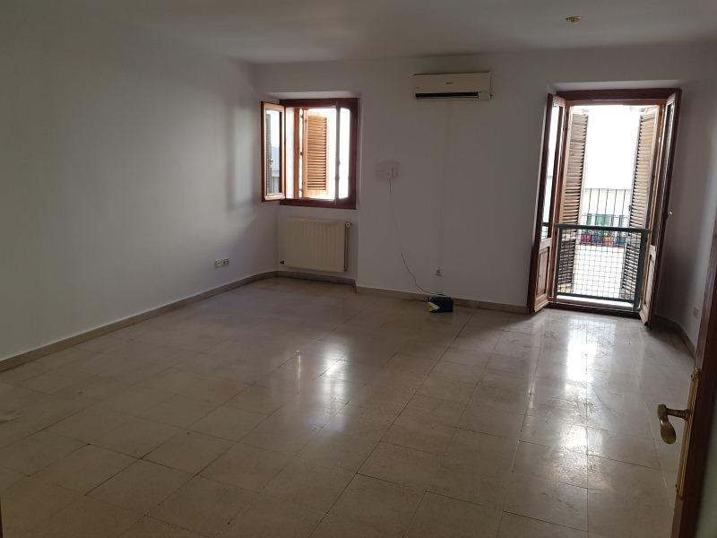 Piso en venta en Trujillo, Cáceres, Calle Tintoreros, 83.000 €, 3 habitaciones, 116 m2