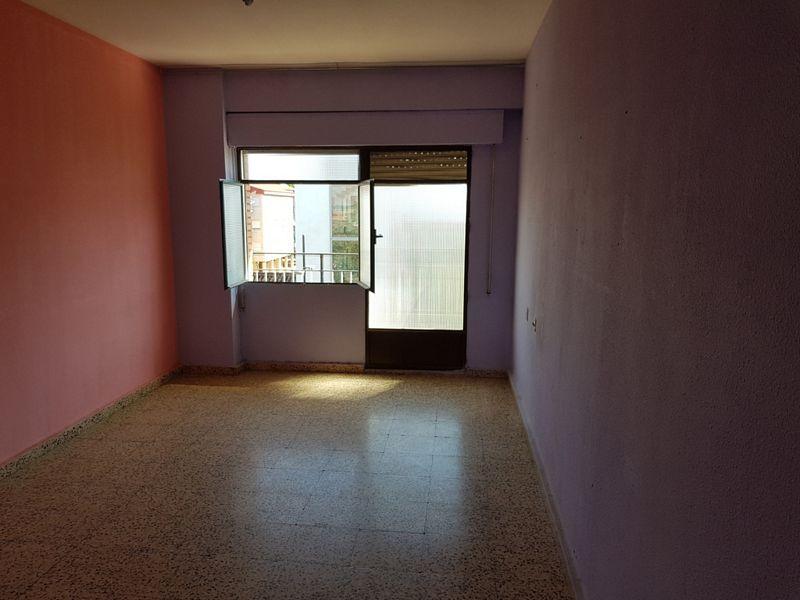 Piso en venta en Coria, Cáceres, Avenida Virgen de Argeme, 40.000 €, 3 habitaciones, 1 baño, 75 m2