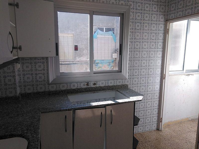 Piso en venta en Mutxamel, Alicante, Calle Pedro Cano, 51.000 €, 3 habitaciones, 1 baño, 95 m2