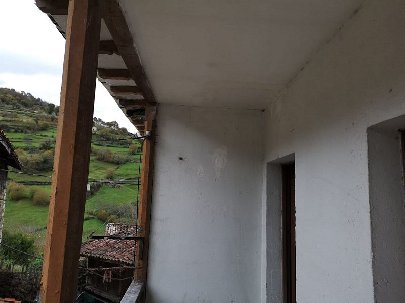 Piso en venta en Distrito Bellavista-la Palmera, Riosa, Asturias, Calle Felguera, 34.000 €, 3 habitaciones, 1 baño, 114 m2