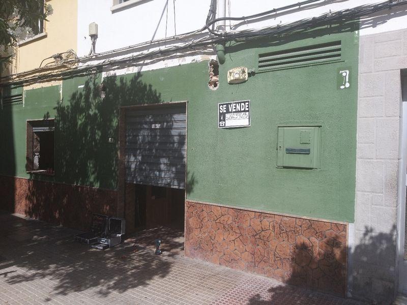 Local en venta en Gandia, Valencia, Calle Legionario Bernabeu, 70.000 €, 73 m2