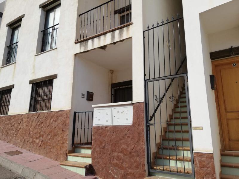 Piso en venta en Sorbas, Almería, Barrio Lugar de Pedania la Huelga, 33.500 €, 2 habitaciones, 2 baños, 59 m2