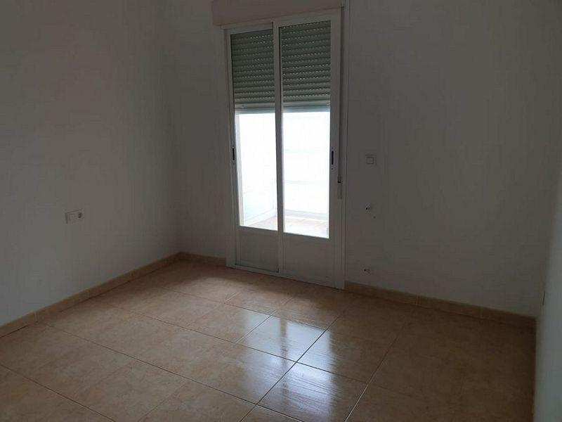Piso en venta en Don Benito, Badajoz, Calle Búrdalos, 53.000 €, 1 habitación, 1 baño, 63 m2