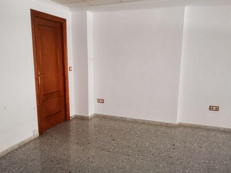 Local en venta en Distrito Bellavista-la Palmera, Oliva, Valencia, Calle de la Cruz, 43.000 €, 219 m2