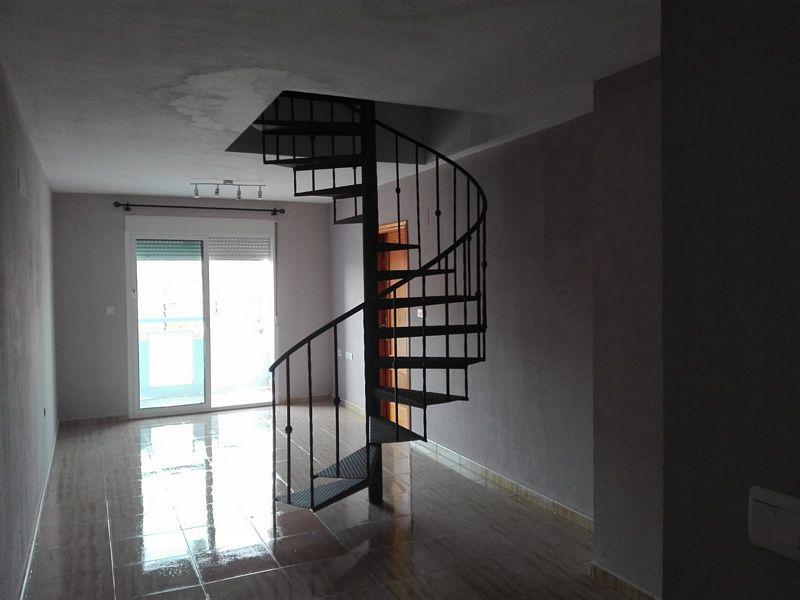 Piso en venta en Distrito Bellavista-la Palmera, Almoradí, Alicante, Calle Filipinas, 48.000 €, 2 habitaciones, 2 baños, 98 m2