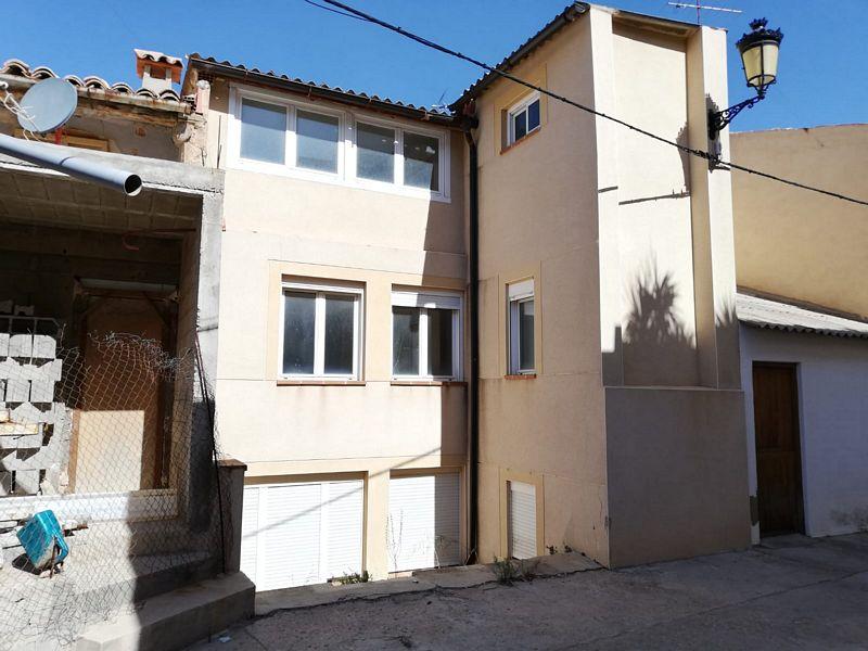 Piso en venta en Calanda, Teruel, Calle Hospital, 59.000 €, 2 habitaciones, 1 baño, 74 m2