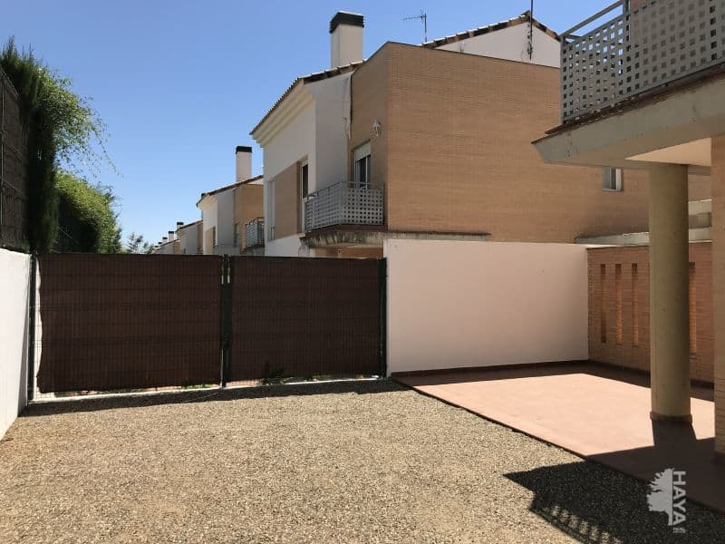Casa en venta en Urbanización  Villas de María Luisa, Espartinas, Sevilla, Calle Colombia, 206.900 €, 4 habitaciones, 2 baños, 189 m2