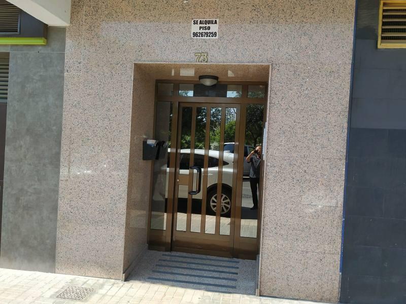 Piso en venta en El Port de Sagunt, Sagunto/sagunt, Valencia, Calle de la Plana, 97.000 €, 3 habitaciones, 2 baños, 132 m2