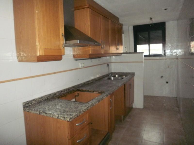 Piso en venta en Colonia Segarra, la Vall D`uixó, Castellón, Plaza de la Paz, 83.000 €, 3 habitaciones, 2 baños, 85 m2