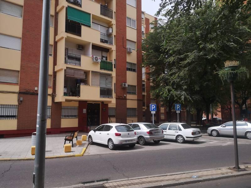 Piso en venta en Barrio de Santa Maria, Talavera de la Reina, Toledo, Calle Segurilla, 62.000 €, 3 habitaciones, 1 baño, 81 m2